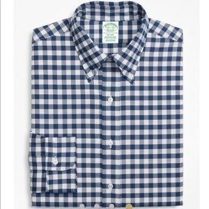NWT Brooks Brothers Navy and White Button-Down